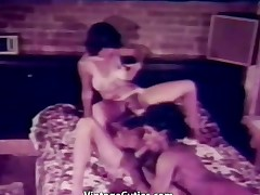 Interracial Threesome gets Hot and Wet