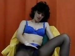 Hirsute Mature Woman Masturbates Classic