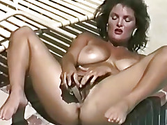 2 sex toys copulates her slit