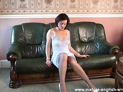 Mature English Sophie