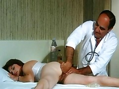 La Doctoresse A De Gros Nichons - Whole Vintage Movie